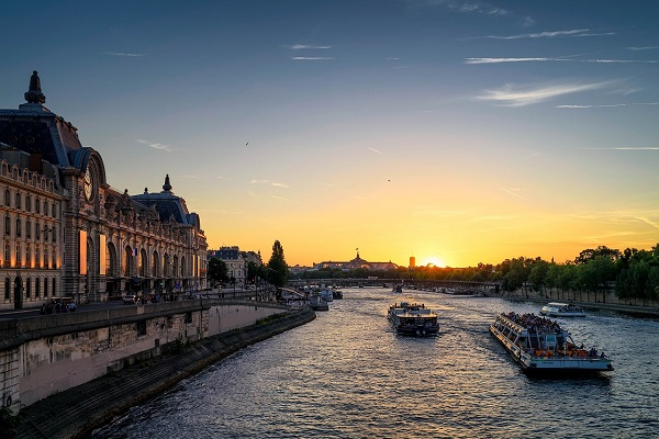 seine river-paris