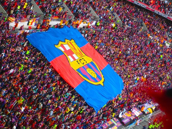 FC_Barcelona_flag_UEFA_Champions_League_Final_2011